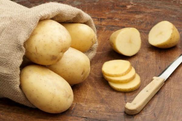 Έτριβε καθημερινά την κοιλιά της με ροδέλες πατάτας - 1 μήνα μετά είδε...