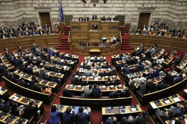 Κορωνοϊός: Σε καραντίνα Έλληνας υφυπουργός λόγω του ιού
