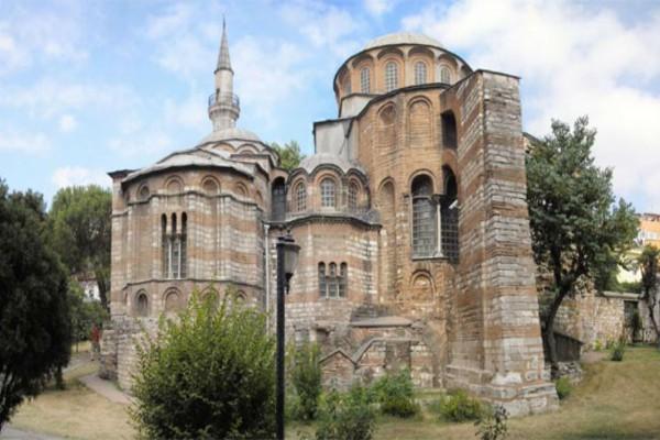 Συνεχίζει τις προκλήσεις ο Ερντογάν: Μετατρέπει τη Μονή της Χώρας στην Κωνσταντινούπολη σε τζαμί