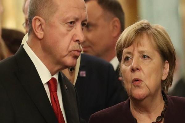 Συναγερμός στο Αιγαίο: Σκληρό μήνυμα Μέρκελ κατά Ερντογάν