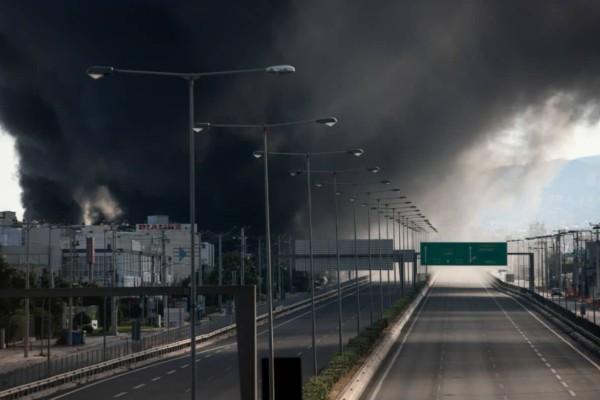 Φωτιά στη Μεταμόρφωση: Ποιοι δρόμοι παραμένουν κλειστοί