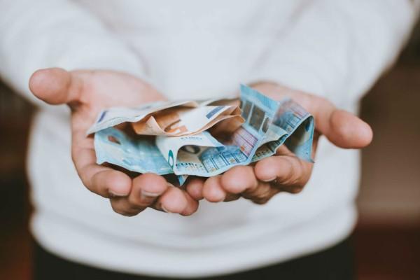 ΟΠΕΚΑ: Ξεκίνησε η πληρωμή του ΚΕΑ - Ποιοι θα δείτε σήμερα χρήματα στους λογαριασμούς σας
