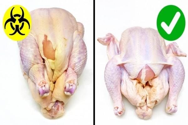 Αν το δέρμα του κοτόπουλου είναι υγρό, πετάξτε το - Σημαίνει ότι...