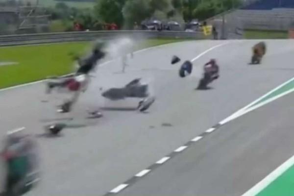 Φρικιαστικό ατύχημα στο Moto GP της Αυστρίας (Video)