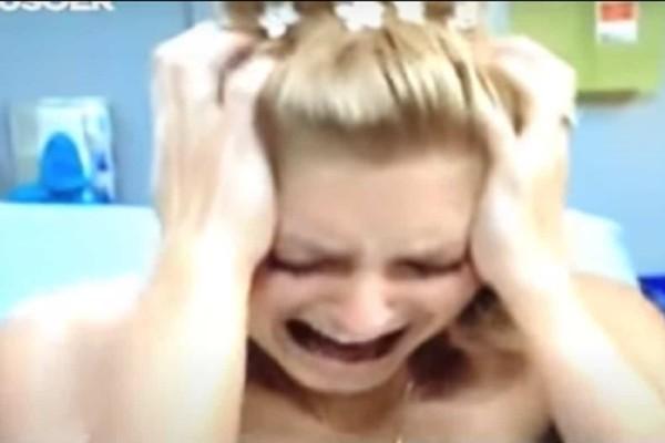 Νύφη την ημέρα του γάμου της φερόταν «τρελά» και πήγε στο γιατρό - Μόλις κοίταξε το κεφάλι της... έμεινε «κάγκελο» (Video)