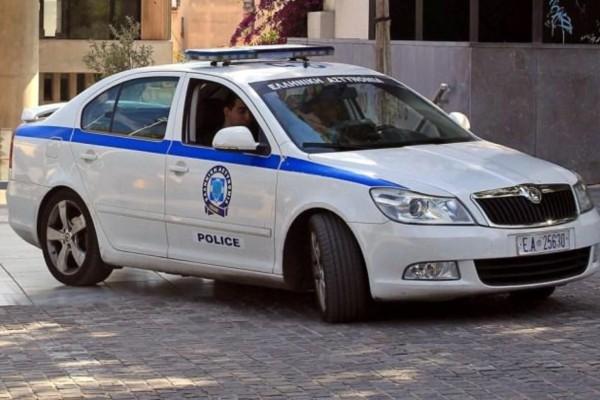 Χαμός στην Καρδίτσα: Αστυνομικός παρασύρθηκε από αυτοκίνητο στη διάρκεια ελέγχου