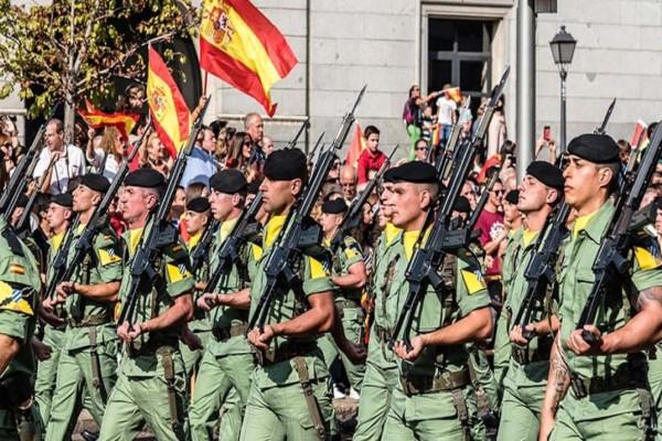 Κορωνοϊός: Βγάζει το στρατό η απελπισμένη Ισπανία
