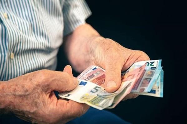 «Βόμβα» στις συντάξεις: Κίνδυνος να γίνουν δώρο... άδωρο τα αναδρομικά με υπέρμετρους φόρους