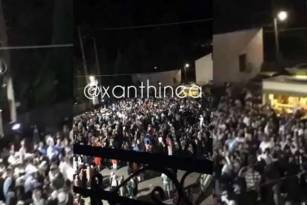 Ξέφρενο γλέντι στην Ξάνθη με τον κορωνοϊό να... «καραδοκεί» (Video)