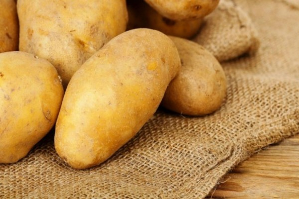 Κρατάτε τις πατάτες στη σακούλα τους; Μην το ξανακάνετε ποτέ!