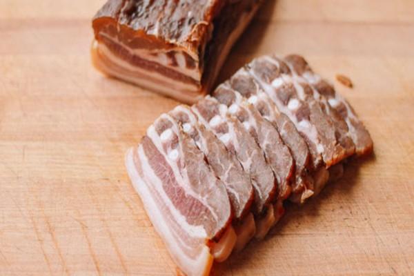 Τρώτε παστό κρέας; Τότε κινδυνεύετε από...