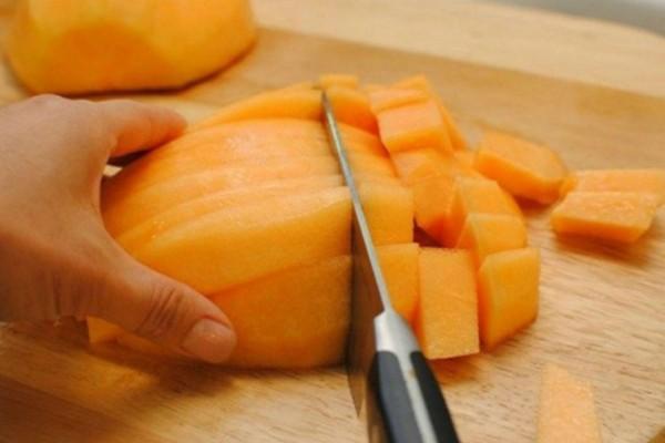 Προσοχή: Ποτέ να μην αναμείξετε αυτά τα φρούτα μαζί… Δείτε γιατί…