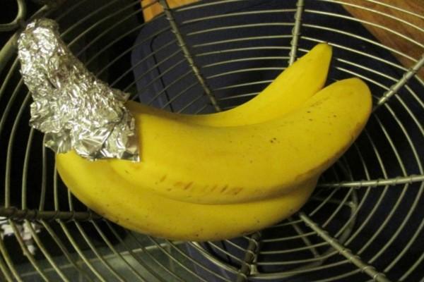 Τύλιξε τις μπανάνες με αλουμινόχαρτο - Ο λόγος; Πανέξυπνος