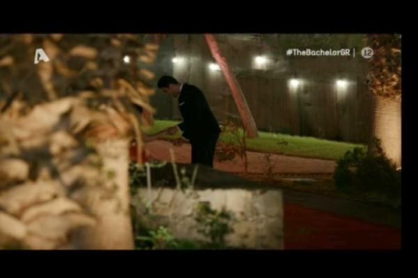 Αδιανόητο περιστατικό στο «The Bachelor»: Η νύφη... έφαγε τούμπα