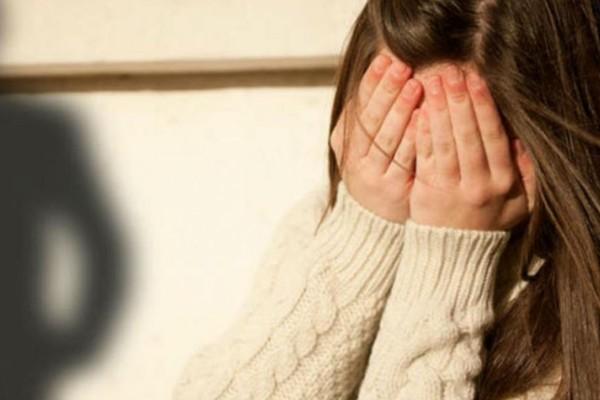 Σοκ στη Θεσσαλονίκη: 35χρονος δάσκαλος θώπευσε στο στήθος 9χρονο κοριτσάκι - Ένοχος για ασέλγεια