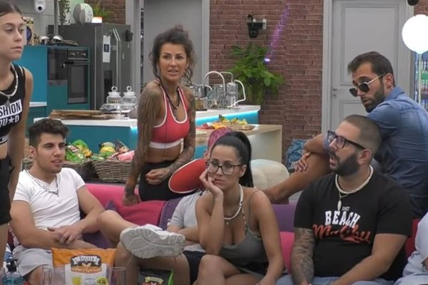 Big Brother spoiler: 5 οι υποψήφιοι προς αποχώρηση, δεν είναι η Άννα Μαρία - Το βέτο έφερε την ανατροπή