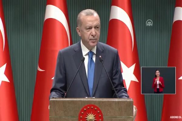 Νέες απειλές Ερντογάν: «Ελπίζω να μην πληρώσουν βαρύ τίμημα - Δεν θα μας εγκλωβίσουν στις ακτές μας» (Video)