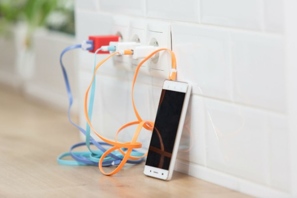Το κόλπο για να έχετε πάντα μπαταρία στο κινητό σας