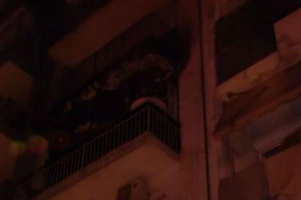 Θρίλερ στη Θεσσαλονίκη: Μεγάλη φωτιά σε διαμέρισμα -10 άτομα στο νοσοκομείο (Video)