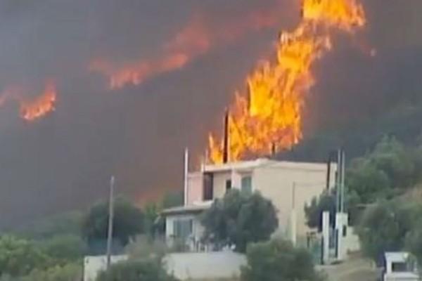 «Εκκενώστε άμεσα τους οικισμούς» - Μήνυμα του «112» για την φωτιά στην Κερατέα (photo)