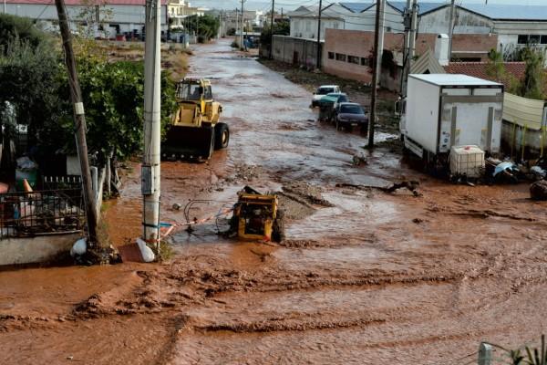Μάνδρα: Ραγδαίες εξελίξεις στη δίκη για τις φονικές πλημμύρες (Video)