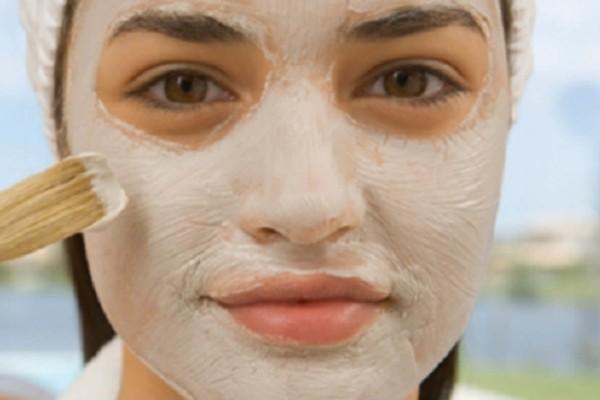 Βάλτε αυτή τη μάσκα από μαγειρική σόδα και μηλόξιδο για 5 λεπτά τη μέρα - Μετά από μια εβδομάδα θα δείτε ότι...
