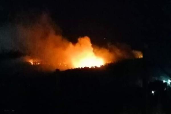 Νύχτα θρίλερ στη Μόρια: Κάηκε ολοσχερώς η δομή φιλοξενίας - Εκκενώθηκε ο καταυλισμός