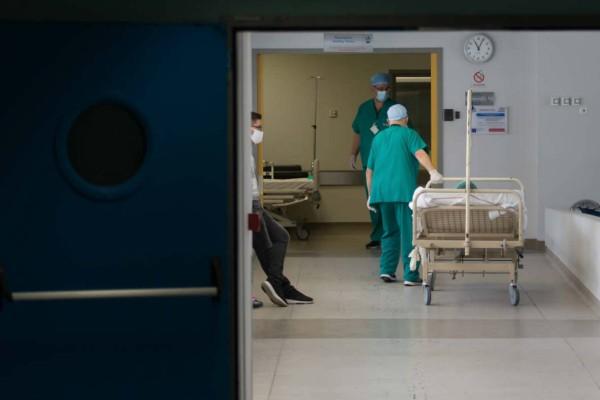 Στους 282 οι νεκροί από κορωνοϊό - Κατέληξε 75χρονη γυναίκα