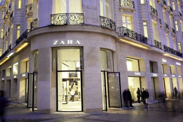ZARA: Η ψηλόμεση φούστα που θα σε κάνει το απόλυτο θηλυκό