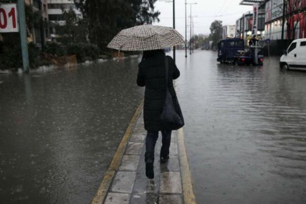 Έκτακτο δελτίο επιδείνωσης καιρού: Που θα «χτυπήσει» η κακοκαιρία