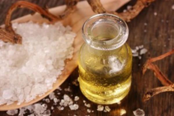 43χρονη ανακατέψτε λίγο αλάτι μαζί με ελαιόλαδο - Μετά από 10 ημέρες...