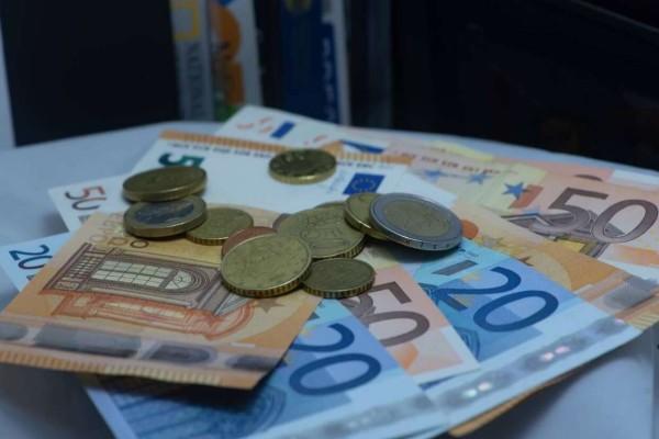 Γιάννης Βρούτσης: Καταβάλλονται σήμερα σε πάνω από 7.000 δικαιούχους αναδρομικά ποσά ύψους 16.994.734 ευρώ
