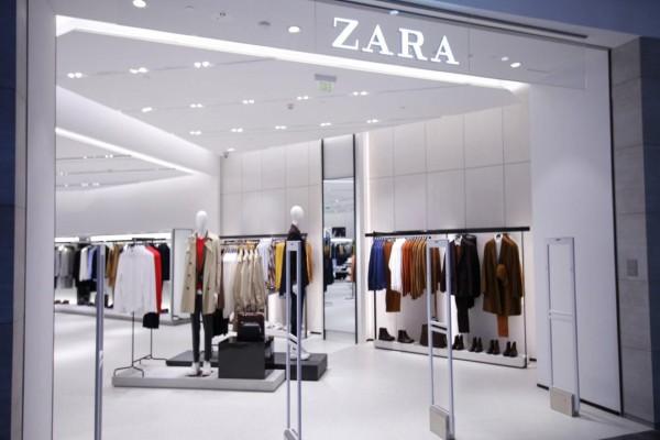 ZARA: Αυτό είναι το φόρεμα που θα απογειώσει το στυλ σου!