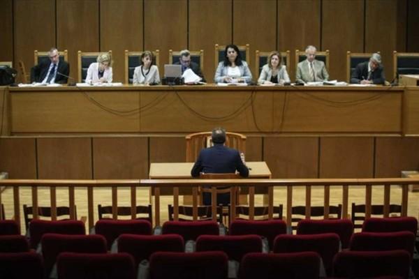 Δίκη Χρυσής Αυγής: Live η ανακοίνωση της απόφασης και οι τελευταίες εξελίξεις