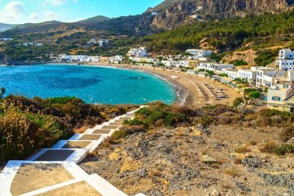 Το Ελληνικό νησί που προσελκύει χιλιάδες επιστήμονες από όλη την υφήλιο