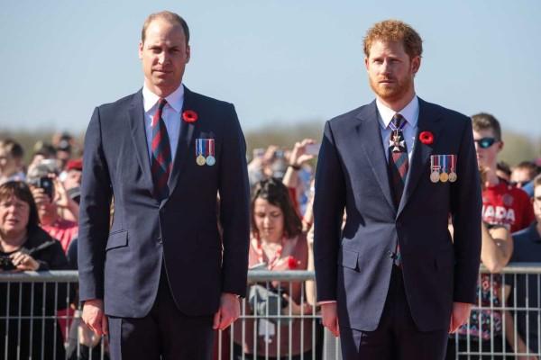 Νέα «βόμβα» στο Buckingham: Αποκαλύψεις που «καίνε» τον Χάρι