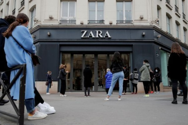 ZARA: Η Low budget τσάντα που δε θα θες να αποχωριστείς