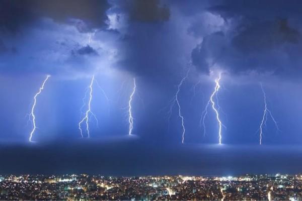 Έρχονται επικίνδυνα καιρικά φαινόμενα με βροχές, καταιγίδες και χαλάζι