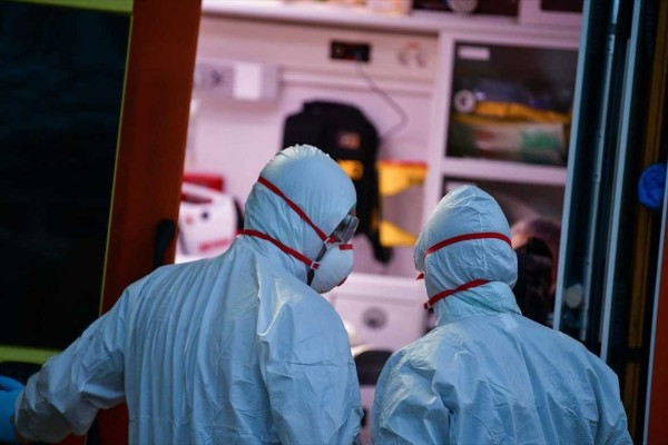 Στους 399 οι νεκροί από κορωνοϊό - Κατέληξε 85χρονη στο «Σωτηρία»