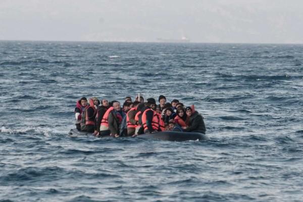 Διακινητές πέταξαν στη θάλασσα μετανάστες από σκάφος που έπλεε στα ανοιχτά του Τζιμπουντί - 8 οι νεκροί