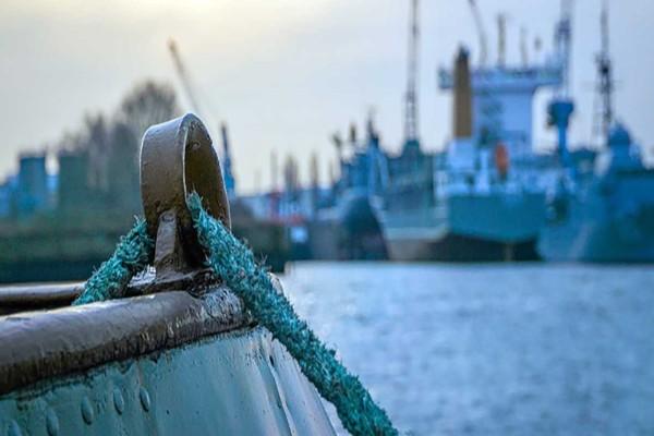 Κορωνοϊός: Έχει στείλει τους ναυτικούς… μόνιμα στη θάλασσα