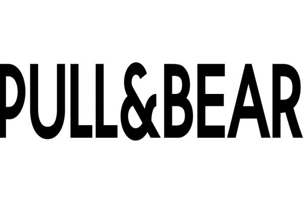 Pull and Bear: Η μπλούζα που αναζητούσατε τόσο καιρό - Σε τιμή σοκ