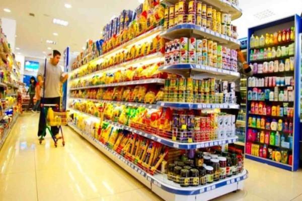 Κορωνοϊός: Αλλάζει το ωράριο των σούπερ μάρκετ - Νέα δεδομένα και στις λαϊκές