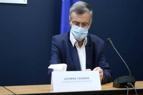 Κορωνοϊός: Επανεμφάνιση Τσιόδρα- Η ανακοίνωση του για lockdown