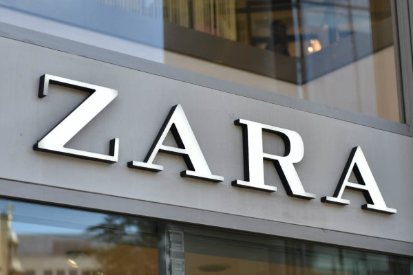 ZARA: Αγοράστε κοντό τοπ σε σούπερ τιμή - Κοστίζει 7,95€