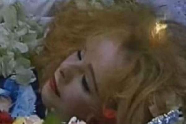 Σπάνιο ντοκουμέντο: Η Αλίκη Βουγιουκλάκη νεκρή 23 χρόνια και μόλις αποκαλύφθηκε πως...