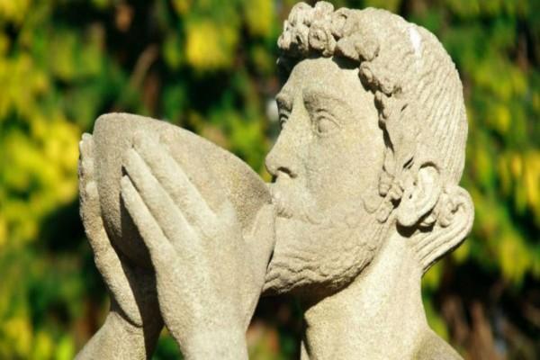 Γι' αυτό ήταν αθάνατοι: Αυτό είναι το κοκτέιλ που έπιναν οι Αρχαίοι Έλληνες
