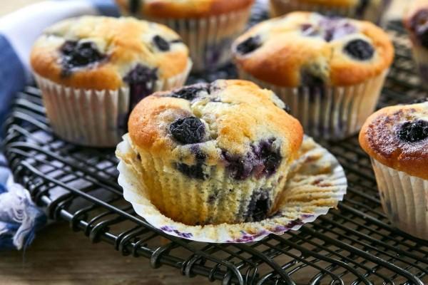 Blueberry Muffins: Το γλυκό που θα τρώτε όλη μέρα λόγω... χαμηλών θερμίδων