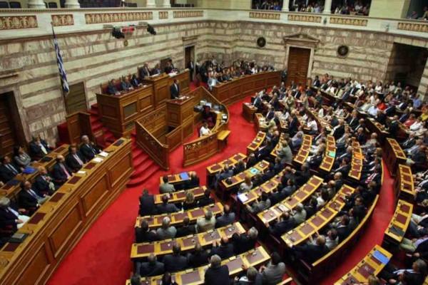 Θρήνος στη Βουλή: Πέθανε από κορωνοϊό ο Γιάννης Μητρόπουλος