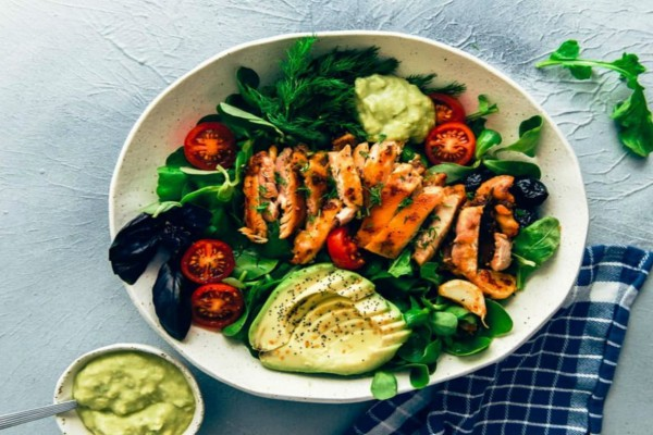Η 10ημερη δίαιτα με κοτόπουλο που υπόσχεται να σε μεταμορφώσει ολοκληρωτικά